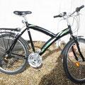Vélo noir XL