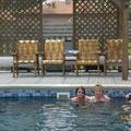 Nach den Strapazen gabs erst einmal eine Erfrischung im Pool