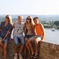 прогулка по старинной крепости Петроварадин в Нови Саде, за спиной Дунай