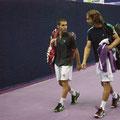 Чиппола и Лоренци покидают корт после матча 1 круга