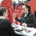 Елена Янкович на автограф-сессии