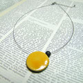 bijoux céramique raku jaune de l'atelier simplement terre