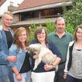 Champ mit seinen neuen Besitzern Susanne, Thomas, Nadine und Nicole