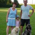Akita mit Bajuma, Timo, Dani und Franziska