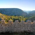 Cikola Canyon Tagestour über das Plateau in den Canyon zur Burgruine