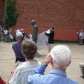 Enthüllung der Uwe-Johnson-Stele am 20.07.2007 (73. Geburtstag des Schriftstellers)