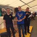 Christoph Gerhart freut sich über den schönsten Trakor im Teilnehmerfeld - Gratulation