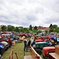 Über 160 Oldtimer waren in Stoitzendorf dabei