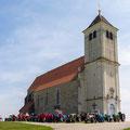 Schönes Foto vor der Wartberger Kirche