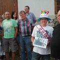 Eine Abordnung der USV Traktorfreunde bei der Gratulation