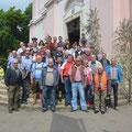 Gruppenfoto vor der Basilika Ma. Dreieichen