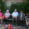 """Beim Bahnhof Retz warteten schon die """"Nichtradfahrer"""""""