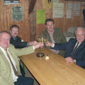 F. Leidenfrost, M. Beck, R. Winglhofer und K. Schleinzer bei der anschließenden Feier