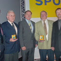 USV Präsident R. Winglhofer; Union NÖ Präsident Raimund HAGER, AR F. Leidenfrost und USV Obmann M. Beck