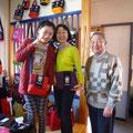2014.4.15 ご家族でお越しの平田さん。お孫さんとお揃いのお出かけショルダーがとってもお似合いです☆