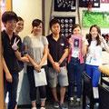 2014.8.24 横浜の鶴見大学の学生さん達がご来店!気仙沼の学校の学習支援のボランティアに来てくれたそうですー!偉いなあ!!また遊びにきてくださいね☆