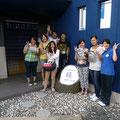2013.8.22 横浜創英大学の方々がお店に来てくれました。皆さん、夏休み中に大谷小学校に学習支援に来てくれているそうです。写真で見ても優しさが伝わりますー。夏休みにありがとうございます!