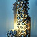 Conchiglie, la lampada realizzata in cartone riciclato ispirato al mondo marino. Opera di Roberta Lazzarato