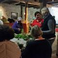 Bordesholmer Landfrauen; Kränze binden im Oktober 2017