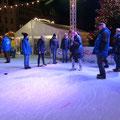Bordesholmer LandFrauen beim Eisstockschießen in Neumünster im Dezember 2018