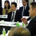 質疑 健康福祉常任委員会 委員長 伊豆倉 雄太 氏