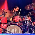 """...einfühlsames """"tier"""" an den Drums"""