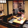 イス席は4人掛けがふたつと、5名様~7名様用のイス個室がひとつ