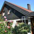 Gehoben ausgestattetes Einfamilienhaus mit Werkstatt in Riederich