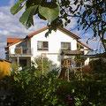 Doppelhaushälfte mit Bachzugang in Riederich