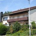 Einfamilienhaus mit Einliegerwohnung in Riederich