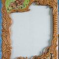 Рама для зеркала. Ольха, мозаика витражным стеклом. Выполнено в соавторстве с Ксандрой Осининой.