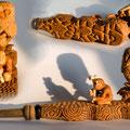 """""""ПитекантропчеГ на страже Древа познания:)"""" Мунднтук трубкообразный. 19 см. Груша, бук, сирень, красное дерево, бивень мамонта, латунь"""