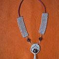 """collana """"Chantico"""" 2. Tecnica: macramè. Materiale: cotone, lino e perle di vetro. Venduta"""