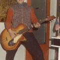 Jef van den Akker alias Big Jeff is op 10 januari 2012 overleden. Hij werd slechts 66 jaar oud.