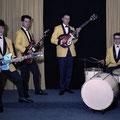 THE PLAYING ROCKETS 1963-1964 vlnr: Cees van de Leur, Jan van Helvoirt, Ton Blom en Jan van Loon