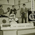 The Jumping Jewels - Disco Discussies 1961