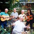 De originele The Black Albino's samen op de foto in 1999 vlnr: Joop van Heusden, Martin de Roo († 11 juli 2010),  Simon Lardenoy,  Paul van de Voort Maarschalk,  Joop Jonkers alias Dean Holley (voorgrond)