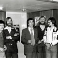 The Playing Rockets met Eddie Becker. Ze bezochten op 26 april 1976 de opnamen van de NCRV Eddy Go Round Show (Cliff Richard special)