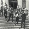 The Hurricane Rollers - Op de trap van het Gemeentehuis in Vught 1963