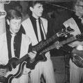 The Black Albino's in concert. vlnr: Simon Lardenoy, Paul van de Voort Maarschalk, Joop van Heusden