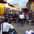 Busy Calle Atravesada (Granada)
