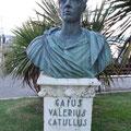 Sirmione am Gardasee: Denkmal des römischen Dichters Catull
