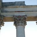 Xanten: Hafentempel  im Archäolog. Park Xanten - einst war er farbig bemalt