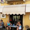 Unterwegs zur Adria; Rast im schönen, mittelalterlichen Weinort Soave