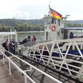 Mit der Fähre von Rüdesheim nach Bingen