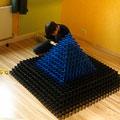 Der nächste Pyramidenversuch, diesmal in Stuttgart bei millionendollarboy...