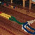 Das Allererste, was ich abgesehen von 28 Spielsteinen je aus Dominos gebaut habe. 24. Dezember 1999