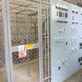 高圧受電設備(組立式屋内電気室)