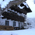 Frontansicht im Winter, Ferienwohnung im EG