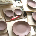 秋〜冬の新作のシリーズ物。こちらはお手塩と楕円のお取り皿。
